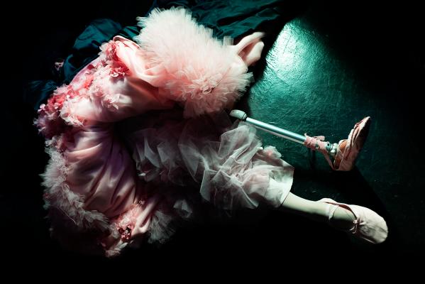 """True Colors FASHION ドキュメンタリー映像 「対話する衣服」 -6組の""""当事者""""との葛藤-"""